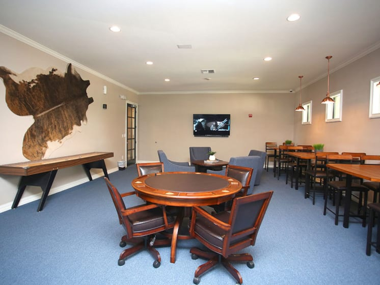 Community Room With Plenty of Seating at Lost Spurs Ranch Apartments in Roanoke, Texas