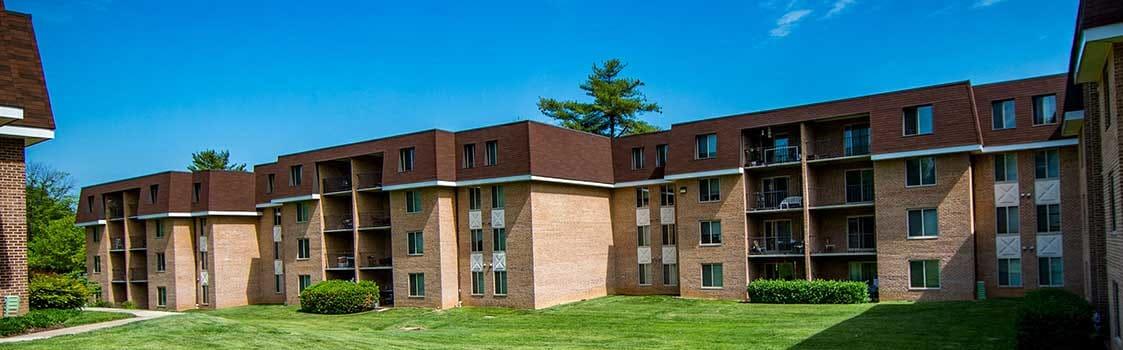 Oakton Park Apartments Vista Photo