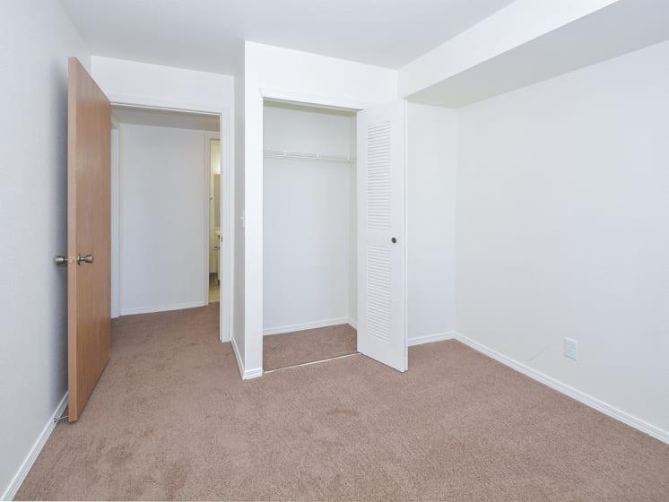 Bedroom and Accordion Closet Door