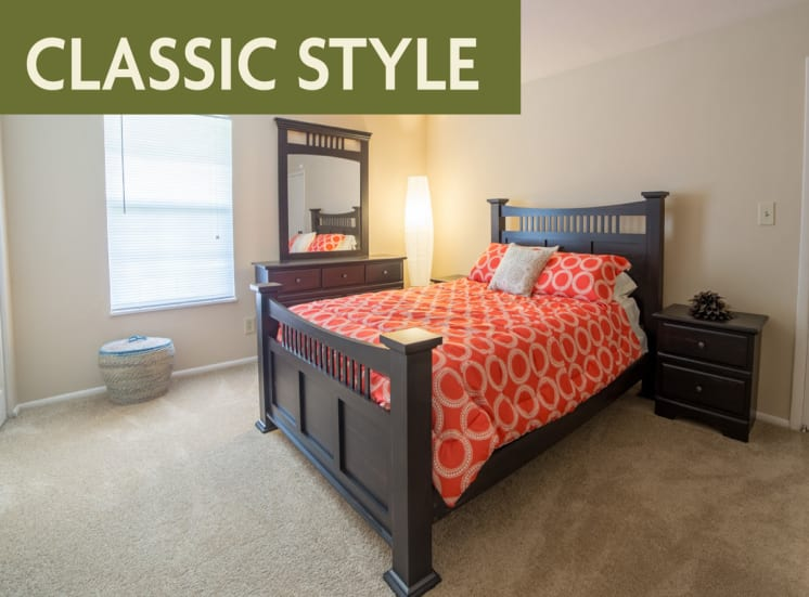Classic style bedroom banner at Governor Square Apartments, IN, 46032