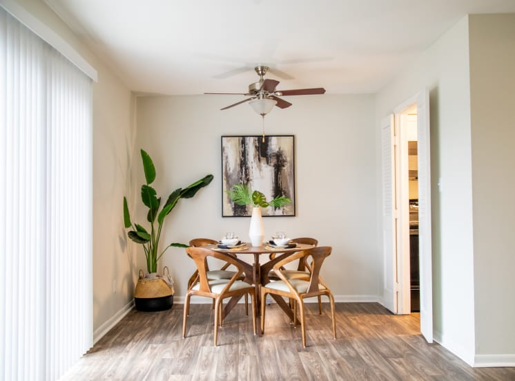 Wood Floor Dining Space at Governor Square Apartments, Indiana