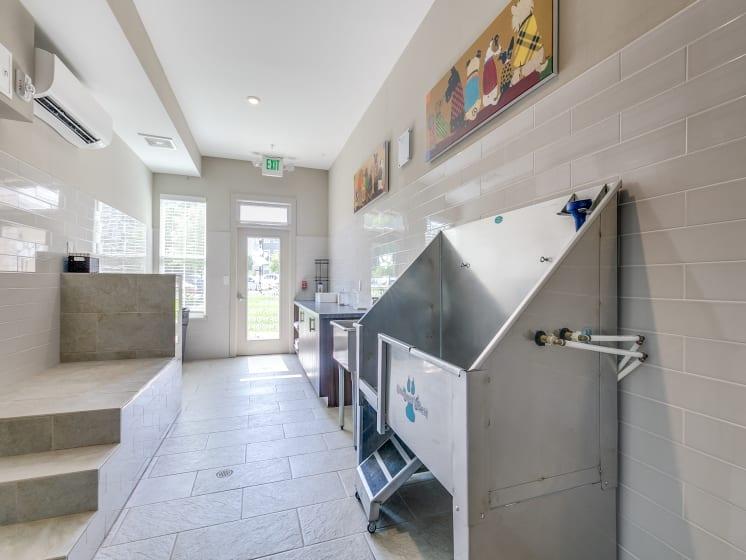 Pet Grooming Pet Salon Self Wash Pet Stations at The Flats at Ballantyne Apartments, Charlotte, North Carolina