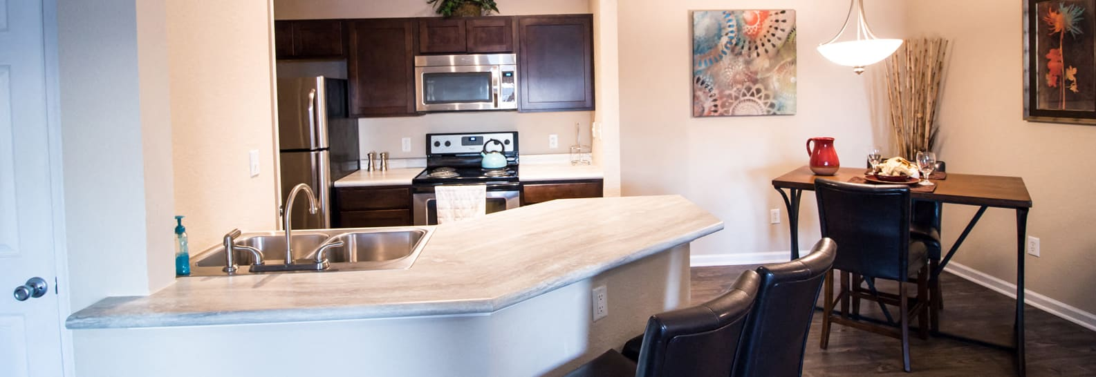 Top-of-the-line Kitchens, at The Vue, 2882 Comstock, Bellevue, NE 68123