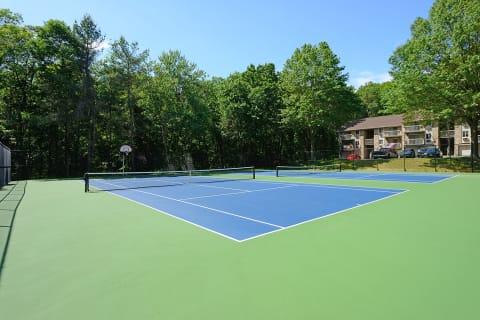 Atlantic Pointe Apartments Tennis Court