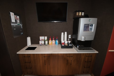 Starbucks Coffee Bar at Confluence on 3rd Apartments in Downtown Des Moines