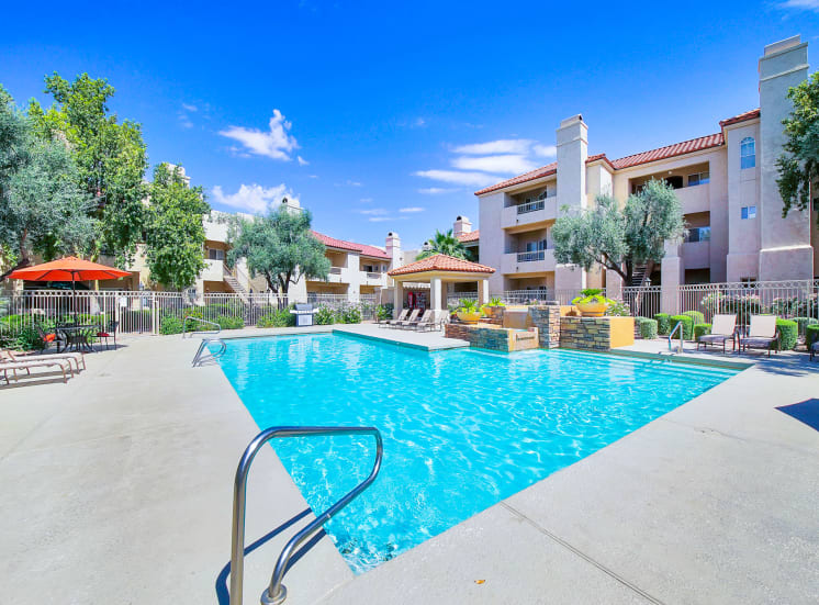Pool with fountains and cabana at Ventana in Scottsdale, AZ, 1 and 2 bedroom apartments For Rent.