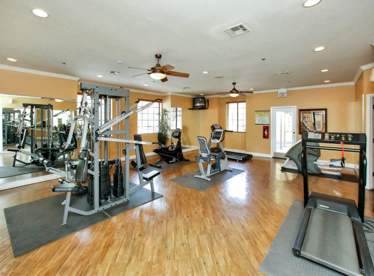 Massive fitness studio of Pavilions at Pantano in Tucson, AZ, For Rent. Now leasing 1, 2 and 3 bedroom apartments.