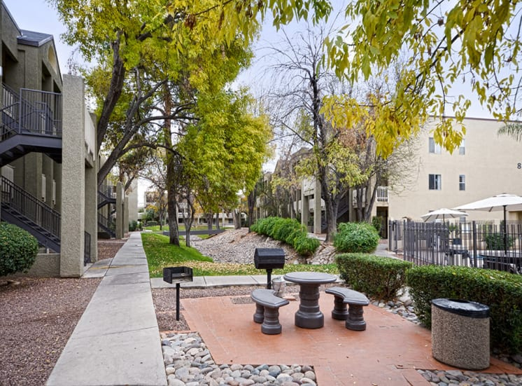 BBQ and Picnic area at Pavilions at Pantano in Tucson, AZ, For Rent. Now leasing 1, 2 and 3 bedroom apartments.