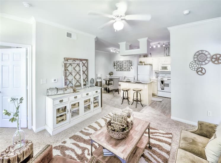 Open concept floorplan of Cypress Lake at Stonebriar Apartments in Frisco, TX, For Rent. Now leasing 1, 2 and 3 bedroom apartments.