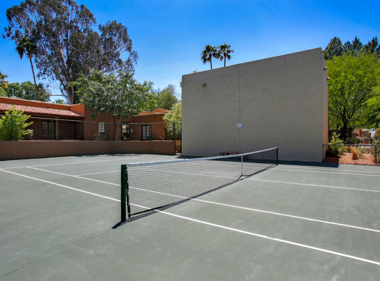 Tennis Court at La Hacienda Apartments in Tucson, AZ, For Rent. Now leasing 1 and 2 bedroom and studio apartments.