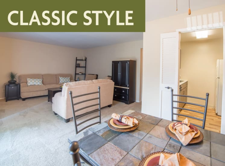 Classic style living room banner at Governor Square Apartments, 1825 Jefferson Drive W, 46032