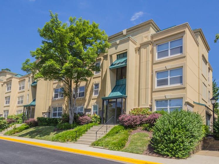 Access Controlled Apartment Living at Stuart Woods, Herndon, VA, 20170