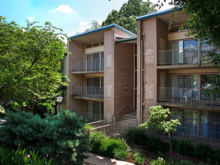 exterior view of balconies for devonshire apartments