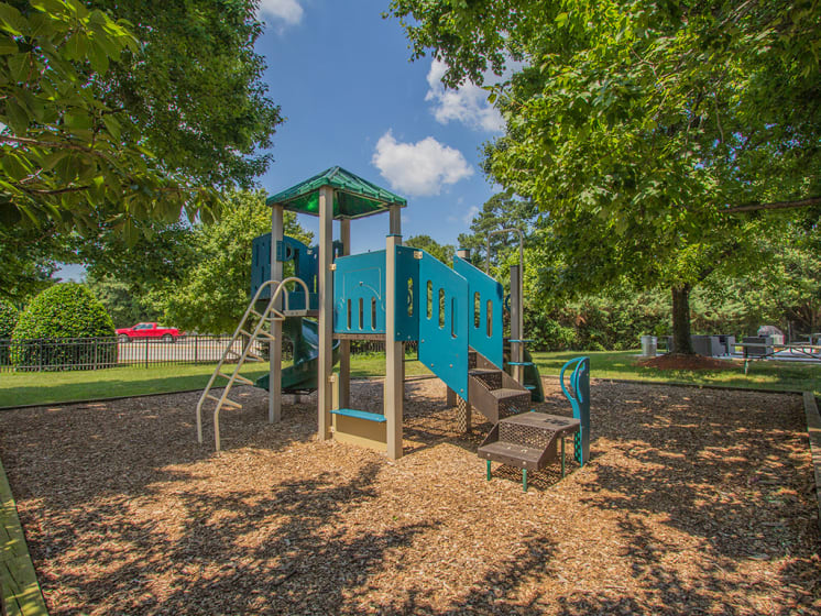 playground structure with play area at Woodlee Terrace Apartments, Woodbridge