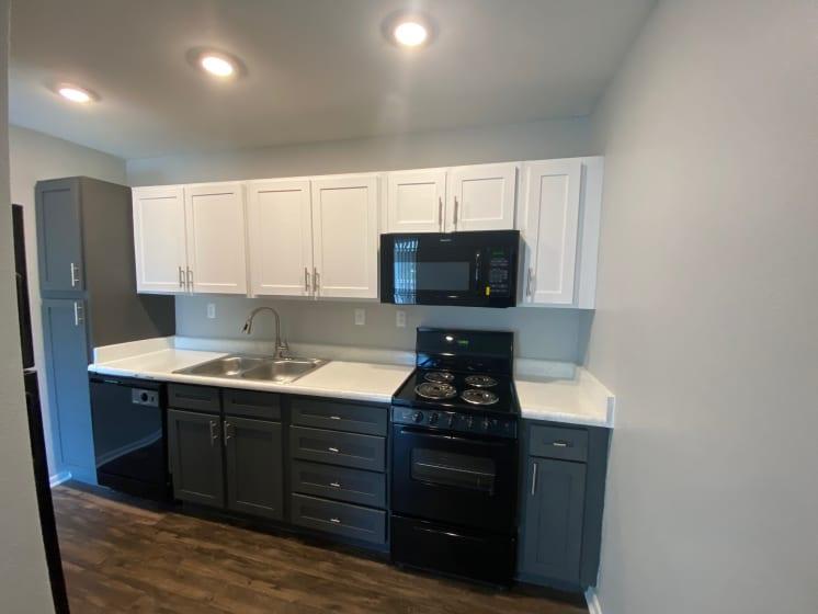 kitchen in live oak apartments