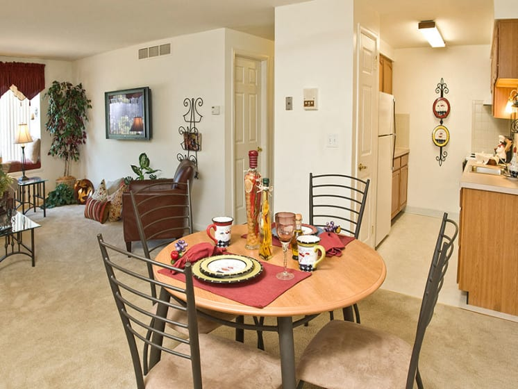Fitted Kitchen With Island Dining at Dannybrook Apartments, Williamsville, NY, 14221