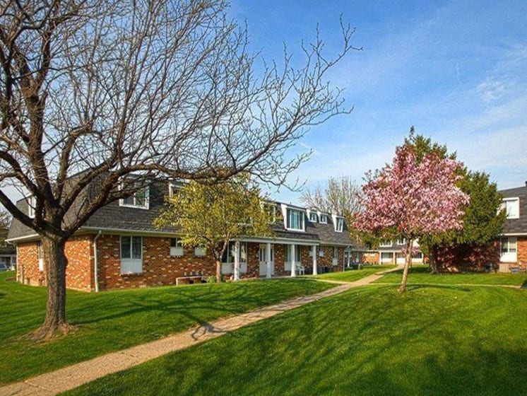 Lawn View In Front Of Property at Dannybrook Apartments, Williamsville, New York