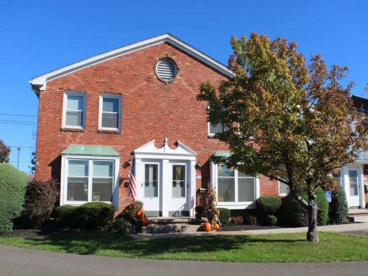 Beautiful Brick Building at Georgetown Apartments, Williamsville, NY