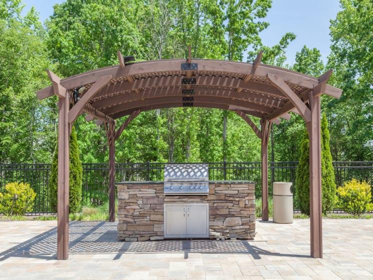 Picnic and BBQ Area at Phillips Mallard Creek Apartments, Charlotte, NC