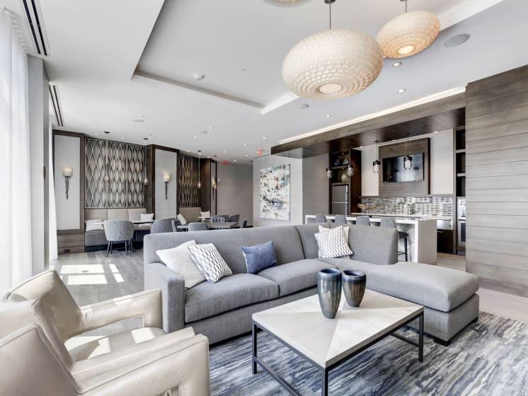 Penthouse Club Room