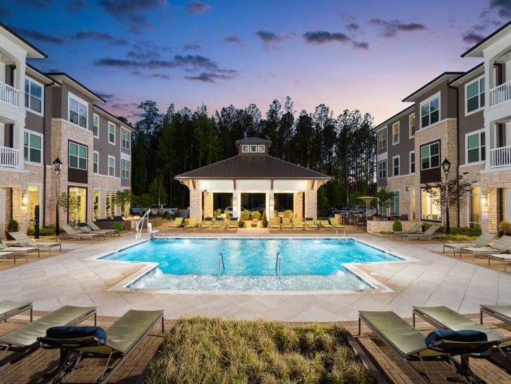 Sparkling Swimming Pool at The Flats at Ballantyne Apartments, North Carolina