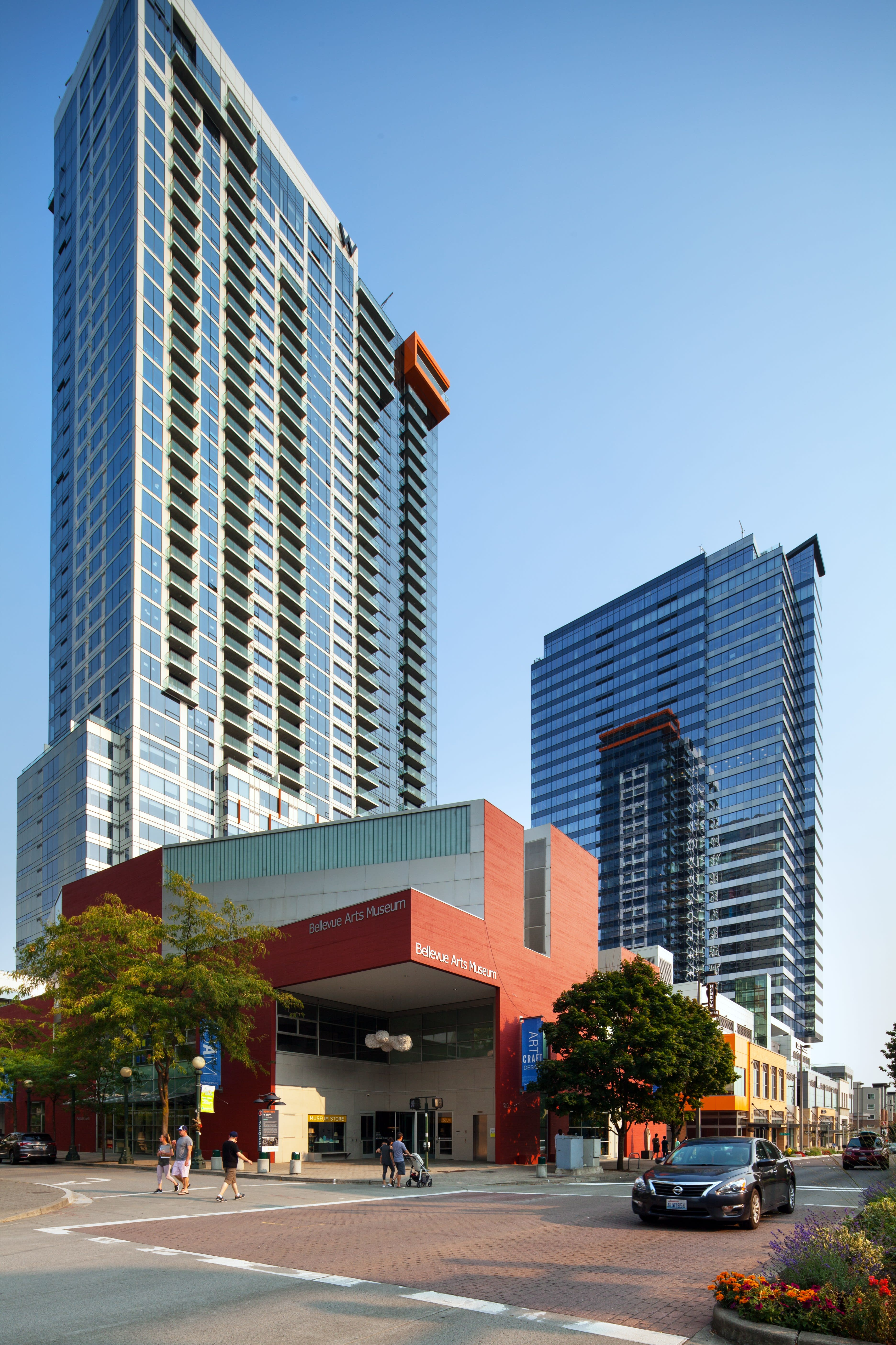Community and Neighborhood- Bellevue South at Two Lincoln Tower, Bellevue, 98004
