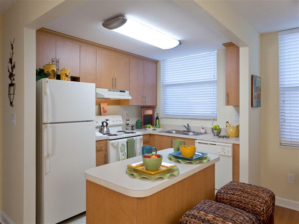 Bull Run Apartments Apartments In Miami Lakes Fl