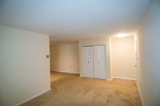 Oakton Park Two Bedroom With Den 2A Living Area 04
