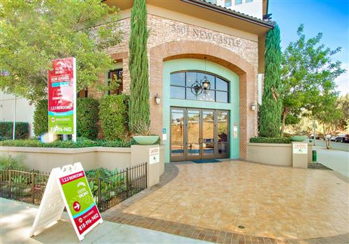 Olive Encino property image