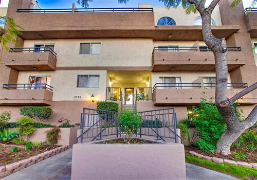 5760 Laurel Canyon Apartments property image