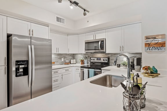 Crescent House Apartments property image