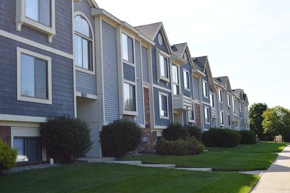 Byron Lakes Apartments property image