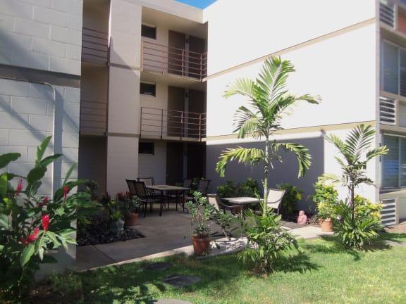Lahainatown Apartments property image