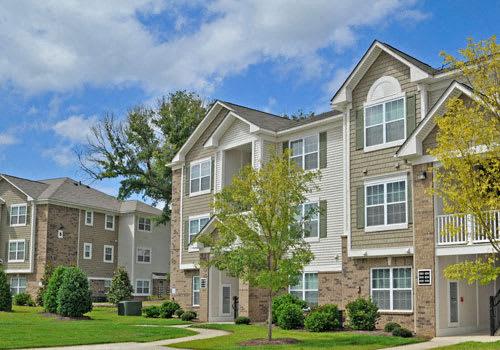 Killian Lakes Apartments and Townhomes property image