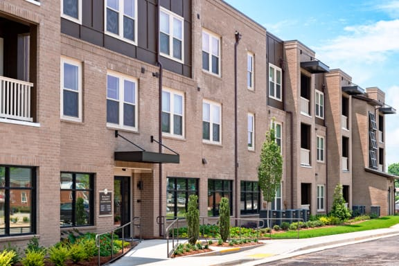 Walton Summit Apartments property image