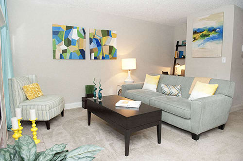 Sterling Oaks Apartments property image