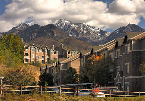 Pinnacle Highland Apartments property image