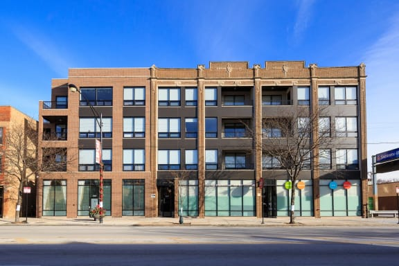 5427 N Broadway property image