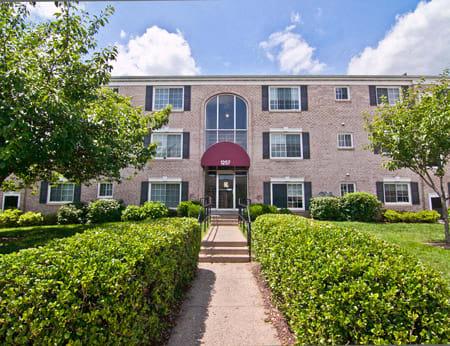 Dulles Glen property image