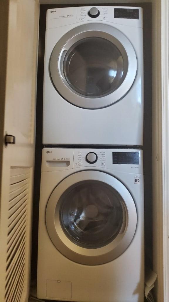 Verandas washer and dryer