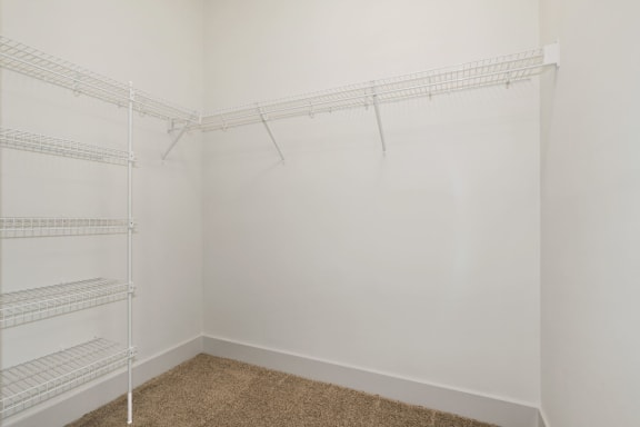 A2A Large walk-in Closet at Avenue Grand, White Marsh, Maryland