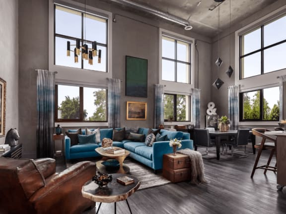 Floor To Ceiling Windows at The Mansfield at Miracle Mile, California, 90036