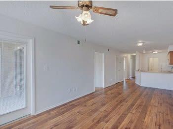 Spacious Interior at Jasmine Creek Apartments, Florida, 32514