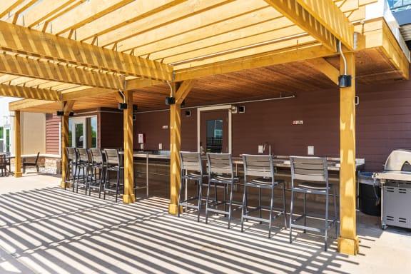 Outdoor Grill Area & Pergola