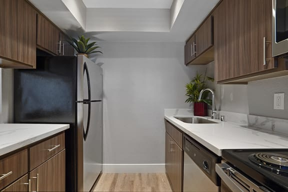 Fully Equipped Kitchen at Clayton Creek Apartments, Concord, 94521
