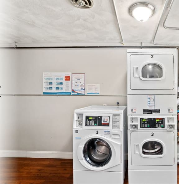 Taymil Waterman Square Apartment Homes Laundry