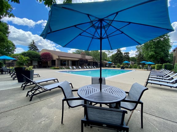 Heated pool at Lakeside Village Apartments Clinton Township MI 48038