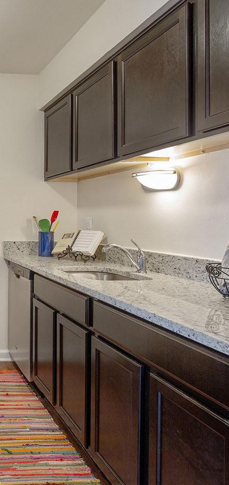 Modern Kitchen at Lakeside Village Apartments Clinton Township MI