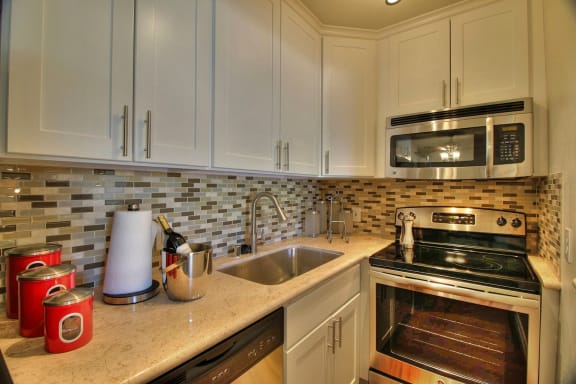 stainless steel appliances at The Arbors at Mountain View, Mountain View, California
