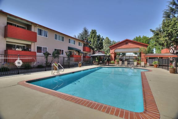 resort style pool at Californian, Mountain View, CA